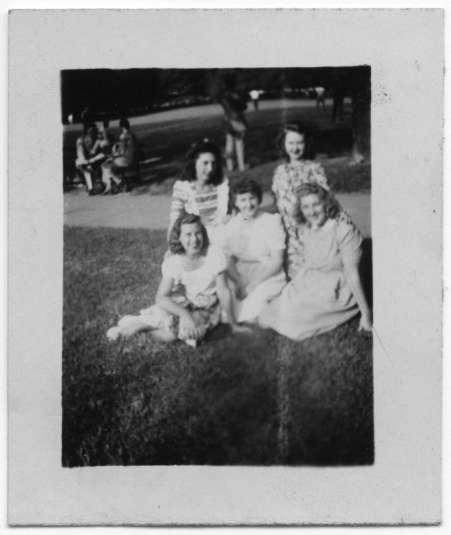 Group portrait of Cel, Janice Rigler, Edna Earle Whitt, Cleo, and Mary Elsie Fox in a park