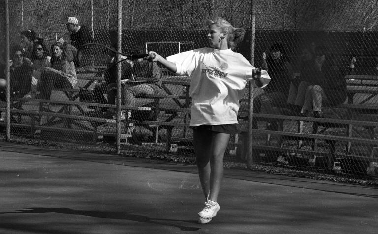 Women's tennis 21