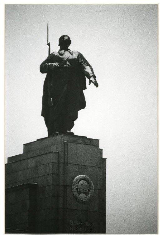 Faceless Soldier, West Berlin