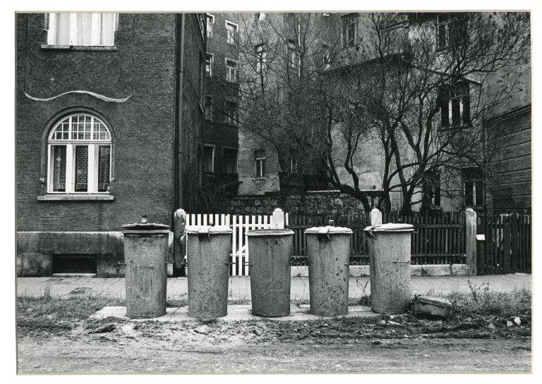 Five Trash Cans, Eisenbach