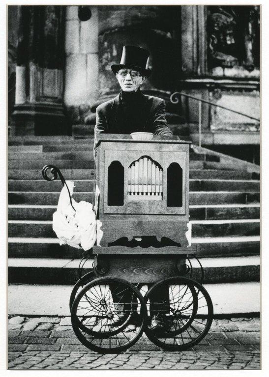 Organ Grinder, Dresden