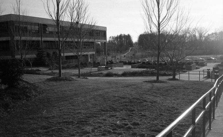 Campus scenes 9